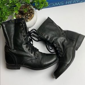 Women Steve Madden Boots/ Size:9